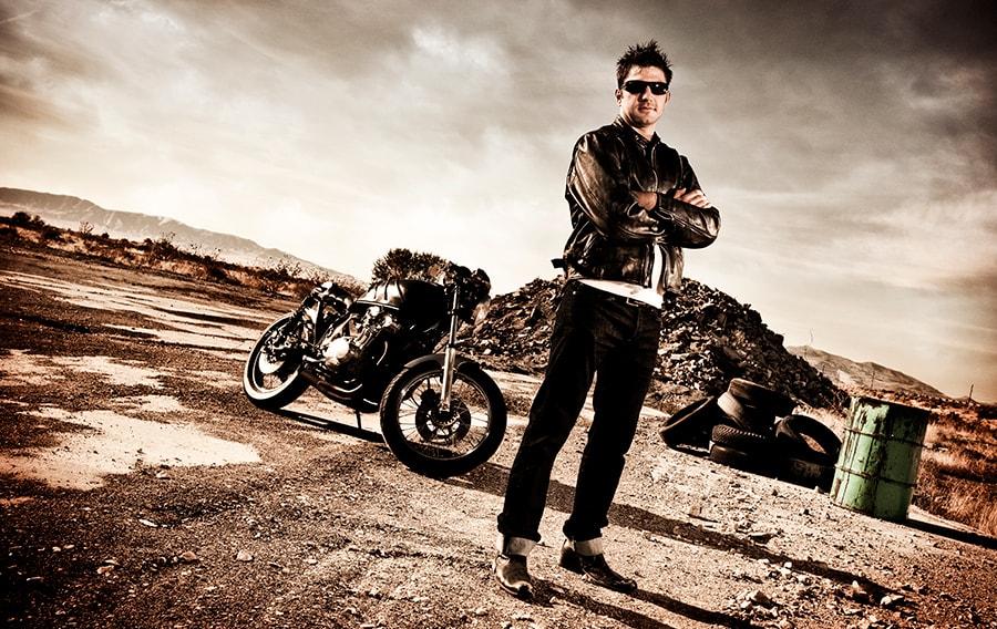 img-biker-min